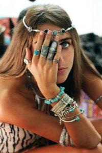 κοσμήματα κεφάλι δαχτυλίδια βραχιόλια