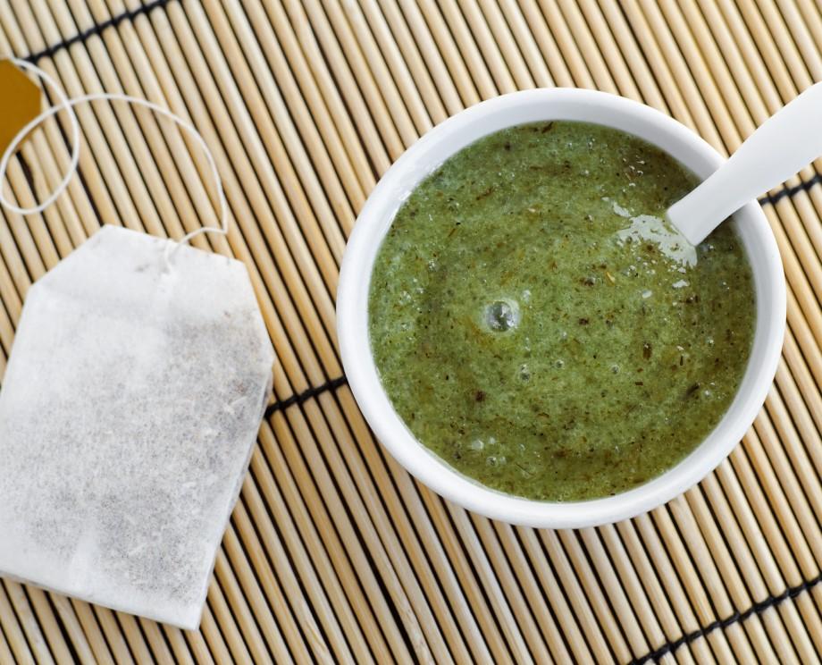μάσκα μαλλιών με βάση το πράσινο τσάι για ερεθισμούς στο δέρμα της κεφαλής