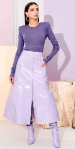 μοβ γυναικείο ντύσιμο