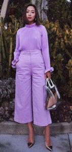 μοβ ντύσιμο