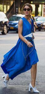μπλε καλοκαιρινό φόρεμα