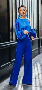 ντύσιμο σε μπλε χρώμα