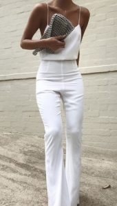 total λευκό ντύσιμο