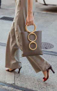 τσάντα με στρογγυλά χερούλια