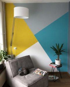 χρωματιστός τοίχος