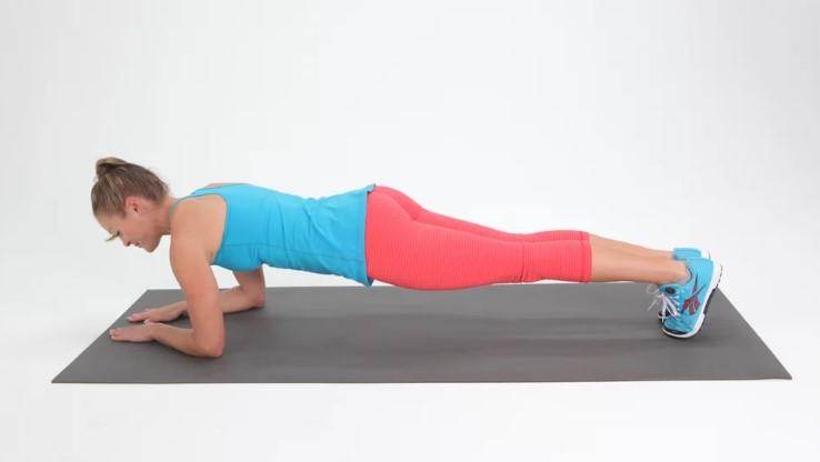 Ασκηση σανίδας για ενδυνάμωση όλου του σώματος
