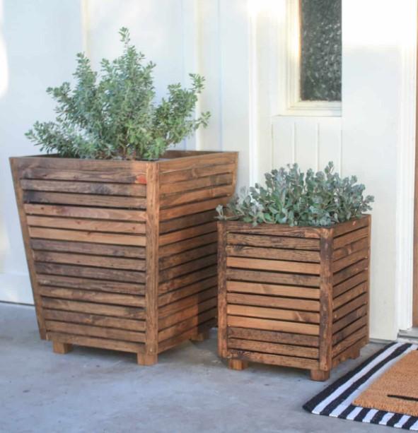 diy ξύλινες γλάστρες κήπου