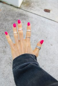 φουξ νύχια κοσμήματα