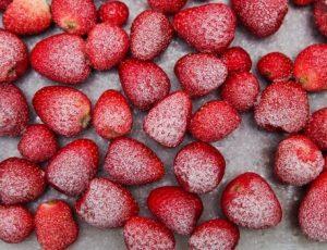 φραουλες καταψυξη