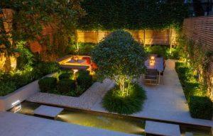 φωτα σε κηπο