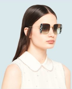 γυαλιά ηλίου για οβάλ πρόσωπο