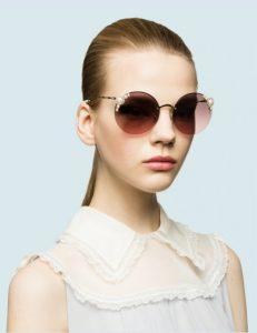 γυαλιά ηλίου ροζ φακοί