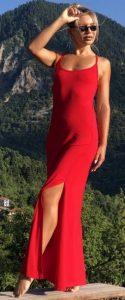 κόκκινο εξώπλατο φόρεμα με σκίσιμο στο πλάι
