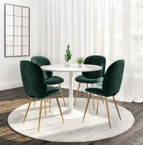 λευκή τραπεζαρία με πράσινα καθίσματα