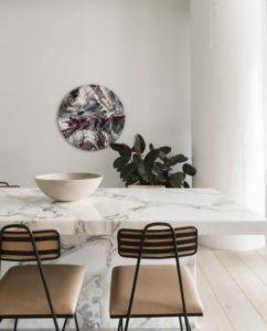 μαρμάρινο τραπέζι τραπεζαρίας