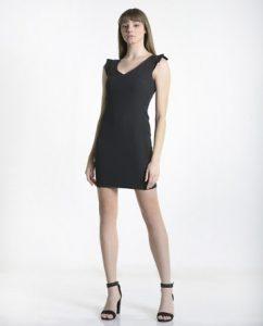 μίνι μαύρο φόρεμα