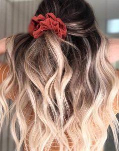 μισά μισά μαλλιά