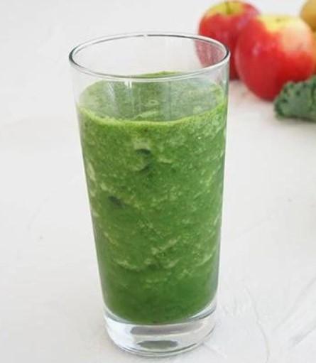 Πράσινος χυμός με βιταμίνες, για ένεργεια το πρωί
