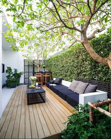 σαλόνι κήπου γκαζόν διαχωριστικό