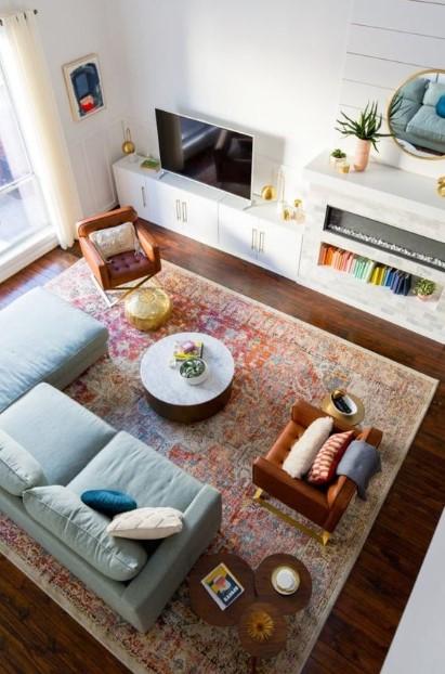σαλόνι μεγάλο χαλί καναπές πολυθρόνα