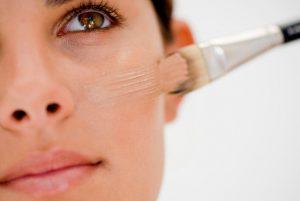 γυναίκα πινέλο make up
