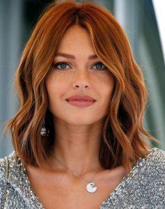 κόκκινο καρέ μαλλί σπαστό https://www.ediva.gr/chtenismata-kalesmeni-gamo-kalokairi/