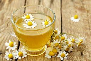 κούπα τσάι χαμομήλι