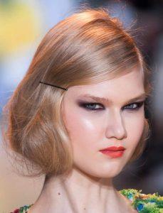 ξανθά μαλλιά ψεύτικο καρέ