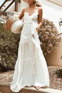 μάξι άσπρο φόρεμα πουά κομμάτια καλοκαιρινή γκαρνταρόμπα