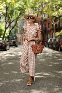 ολοσωμη φόρμα καρό καπέλο