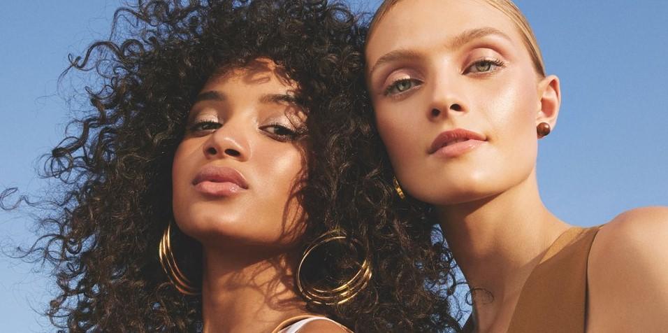 όμορφες γυναίκες απαλό μακιγιάζ λάθη μακιγιάζ καλοκαίρι