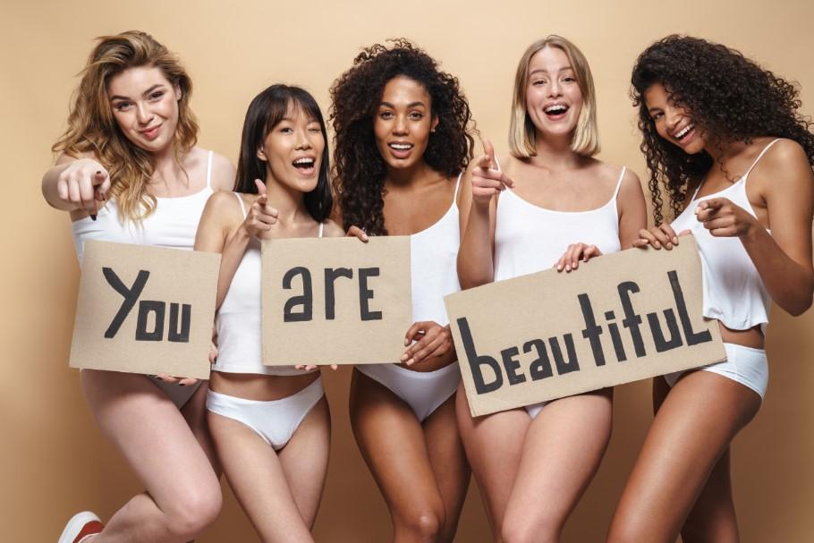 όμορφες γυναίκες