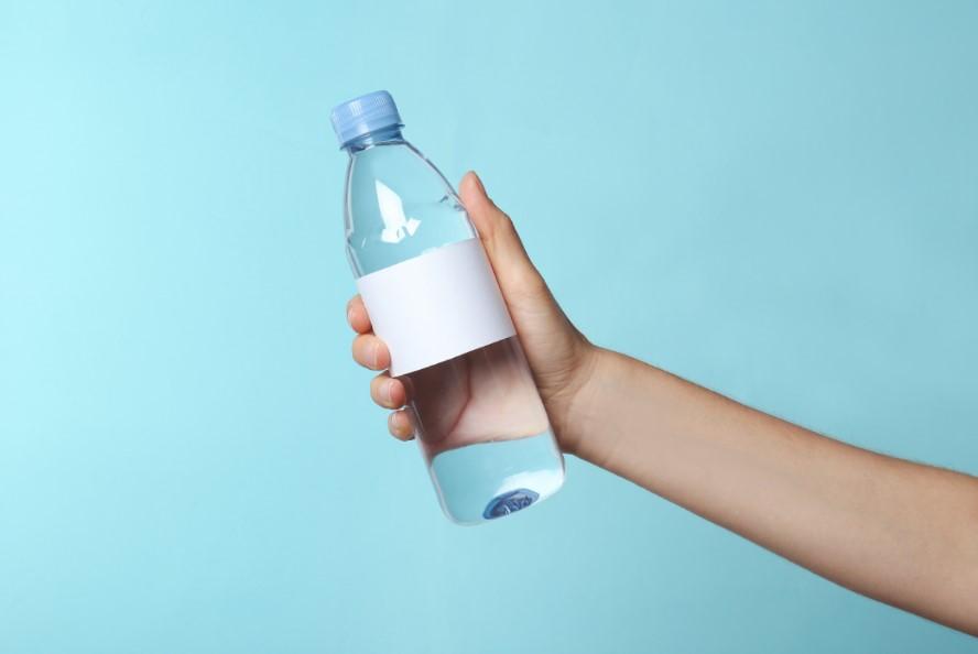 πλαστικό μπουκάλι νερό