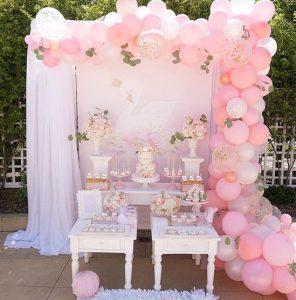 ροζ λευκο κυκνος βαφτιση