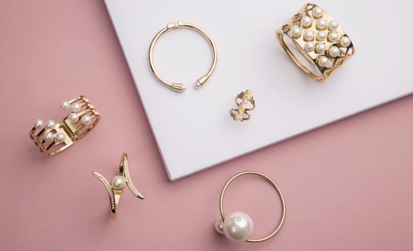 χρυσά κοσμήματα tips καθαρισμού