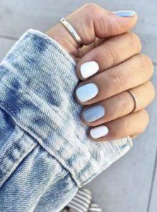 άσπρα μπλε νύχια