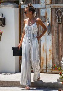 άσπρη ριγέ ολόσωμη φόρμα