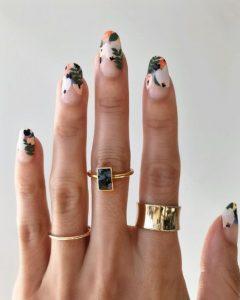 φλοράλ νύχια μακριά καλοκαιρινά σχέδια νύχια