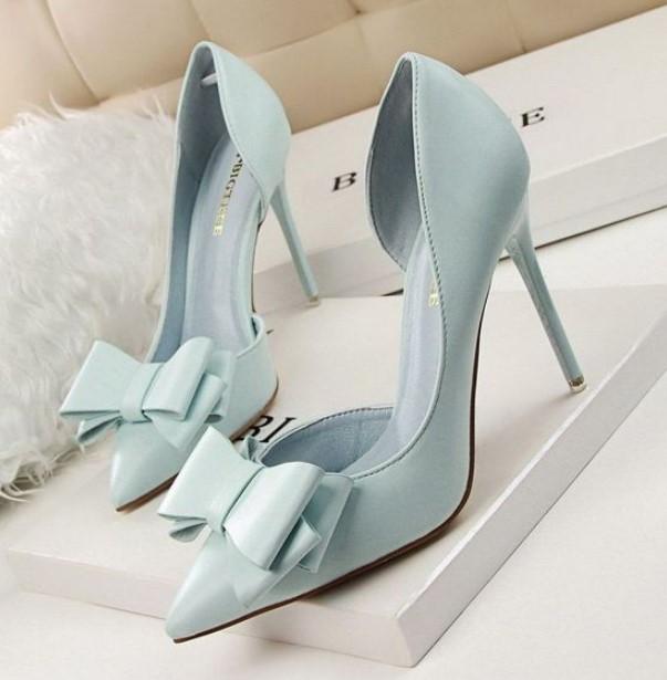 γαλάζια νυφικά παπούτσια γόβες