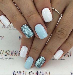 λευκά γαλάζια νύχια