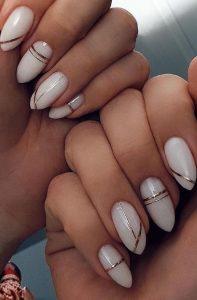 λευκό χρυσό νύχια