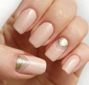 ροζ χρυσα νυχια