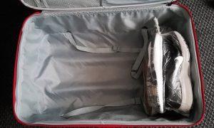 παπούτσια πάτος βαλίτσας