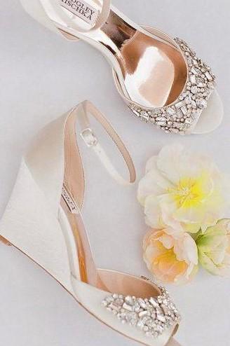 πλατφόρμα νυφικό παπούτσι