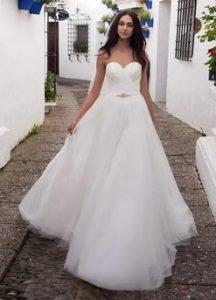 ρομαντικο λευκο νυφικο pronovias