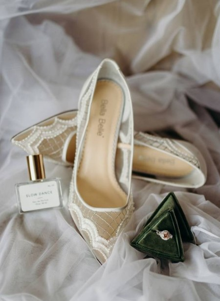 see through νυφικά παπούτσια
