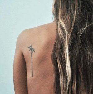 τατουαζ φοινικας πλατη