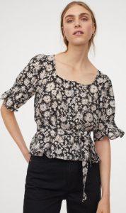 ασπρόμαυρη μπλούζα τετράγωνη λαιμόκοψη