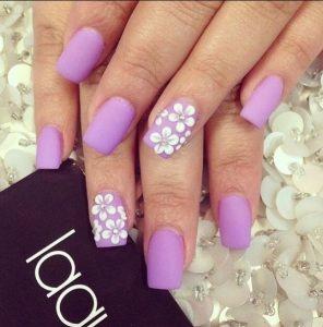 floral λιλά νύχια