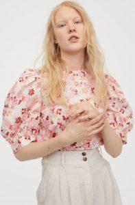 floral μπλούζα μανίκια με όγκο